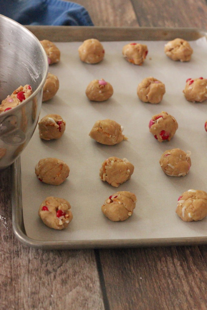 Image of cookie dough balls on cookie sheet