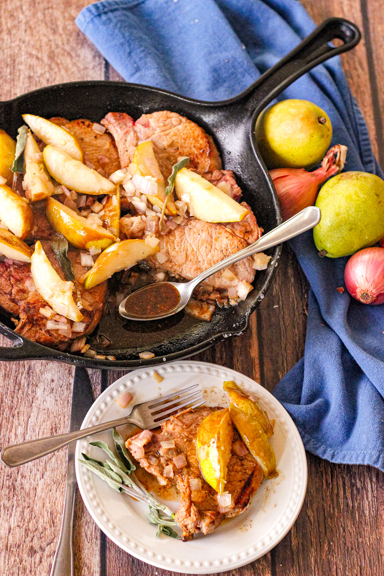 pears cooked with pork chops