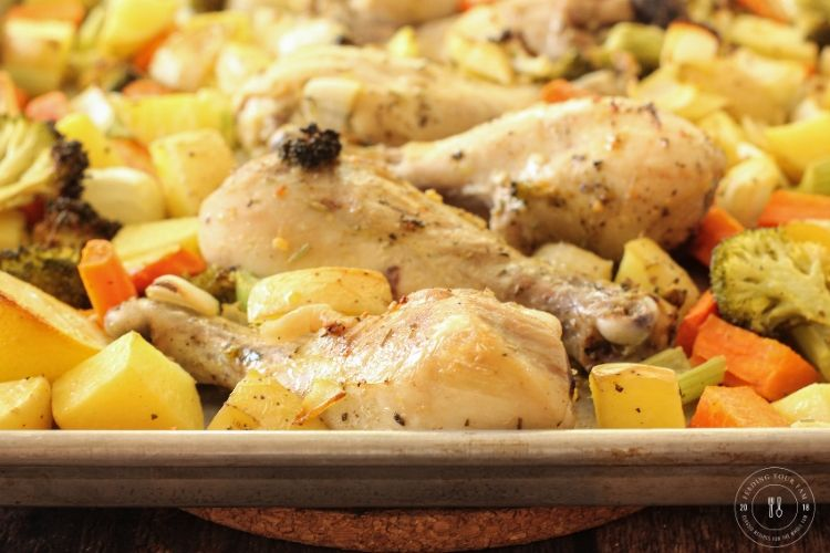 sheet pan chicken and vegetable dinner
