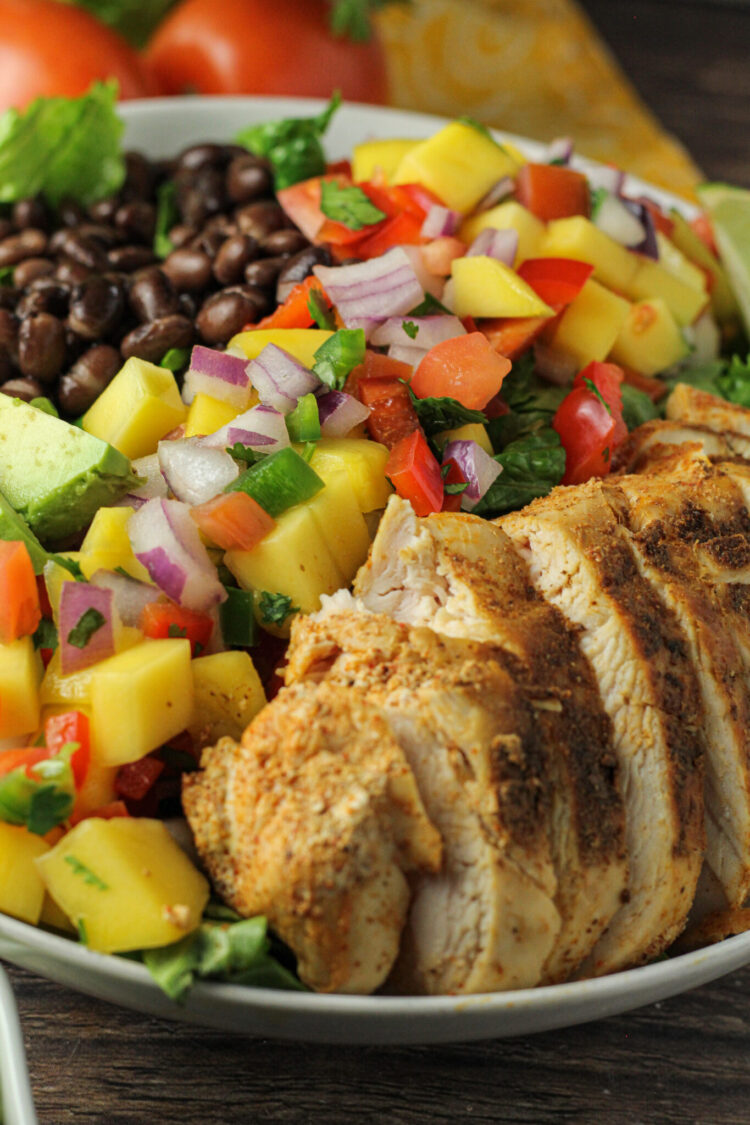chicken and mango salsa salad with black beans