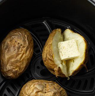 air fryer baked potatoes