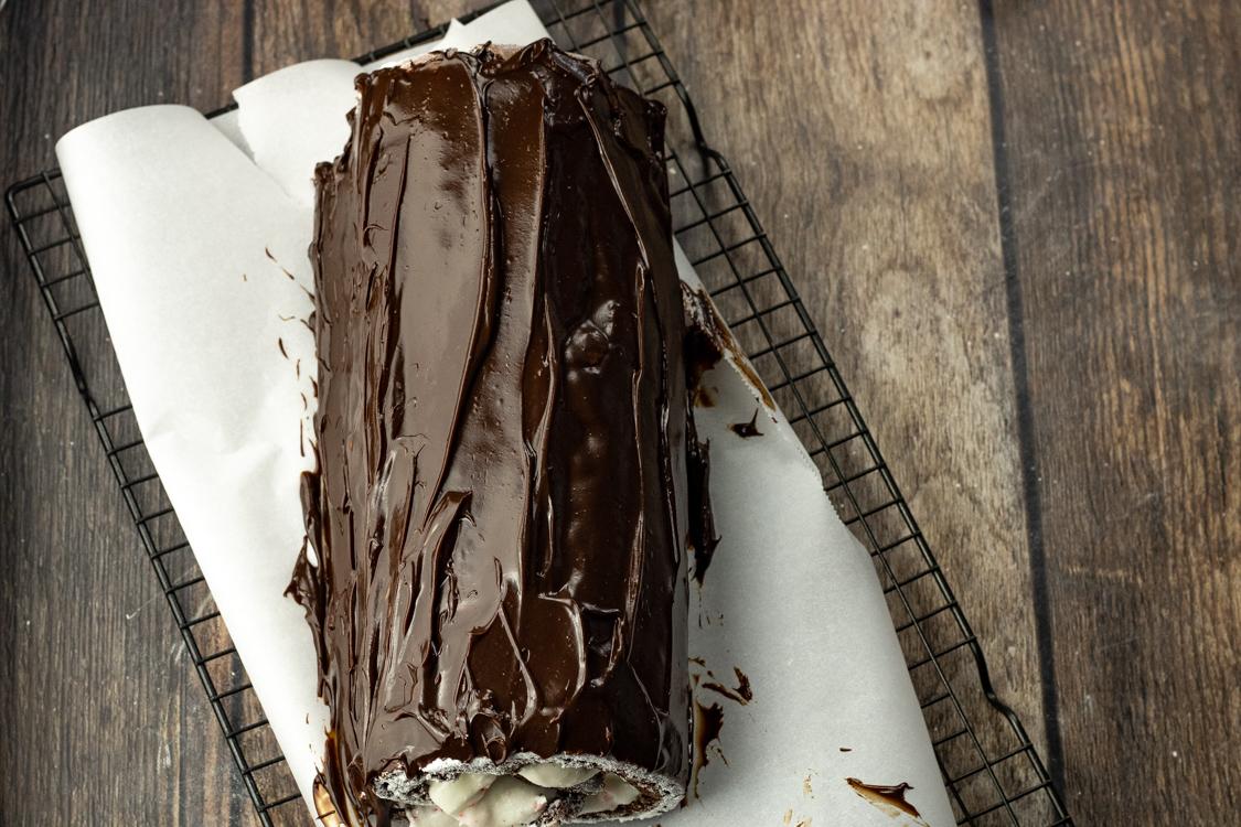 chocolate glaze on top of chocolate roll cake