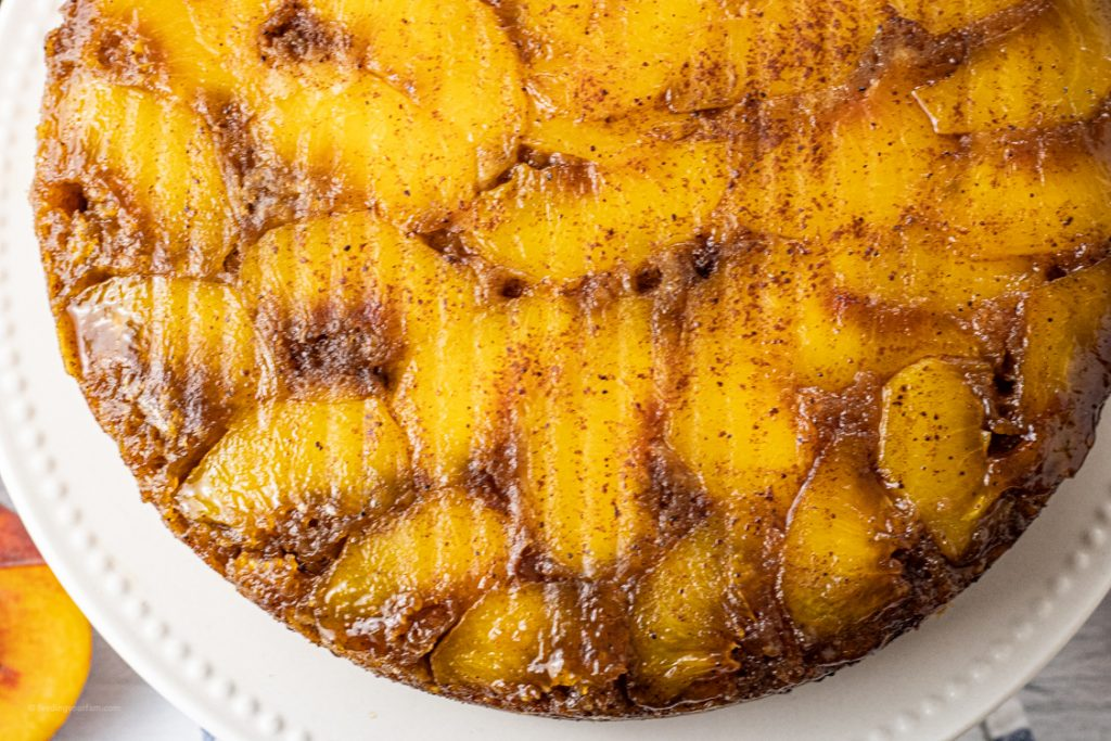 peaches on top of a cake